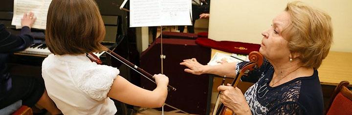 Старейшей музыкальной школе Сергиева Посада на юбилей подарили капитальный ремонт