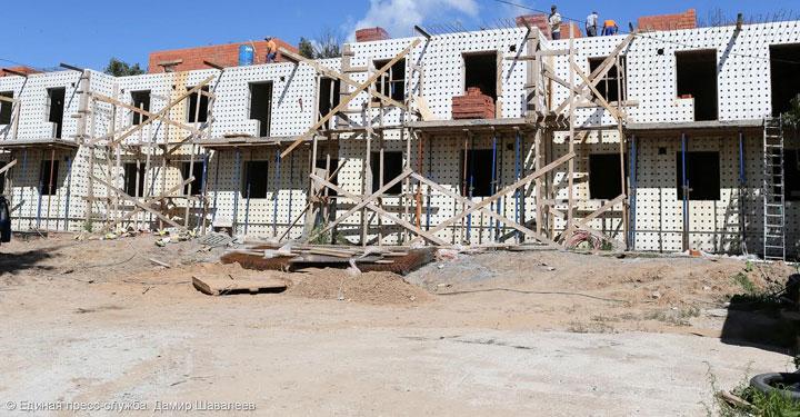 Сергиево-Посадский район: строительство домов для переселения из аварийного жилья идет по графику