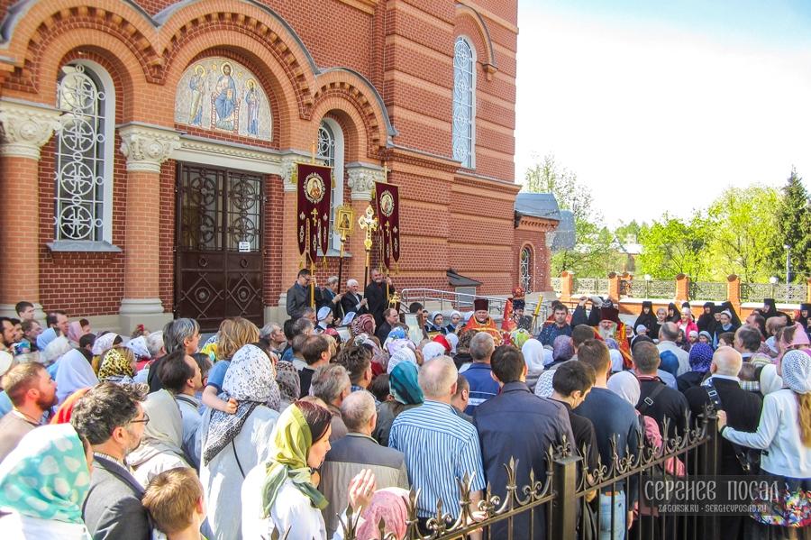 Неделя 2-я по Пасхе. Покровский Хотьков монастырь. 8 мая 2016 года