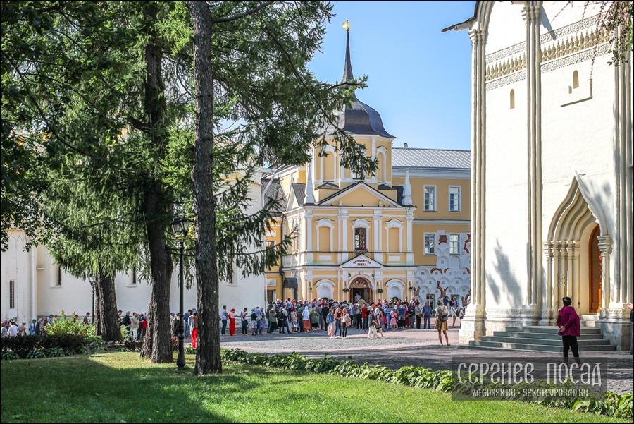 Кровле Пятницкой башни Троице-Сергиевой Лавры возвращён исторический вид. 2 сентября 2017 года