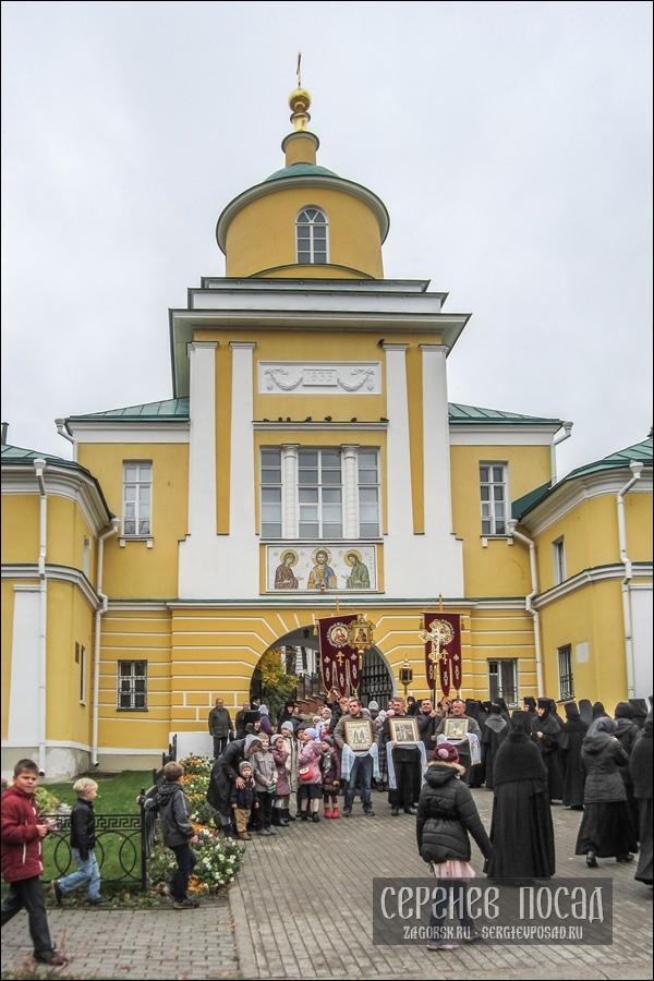 Престольный праздник Покровского Хотькова монастыря. 14 октября 2017 года