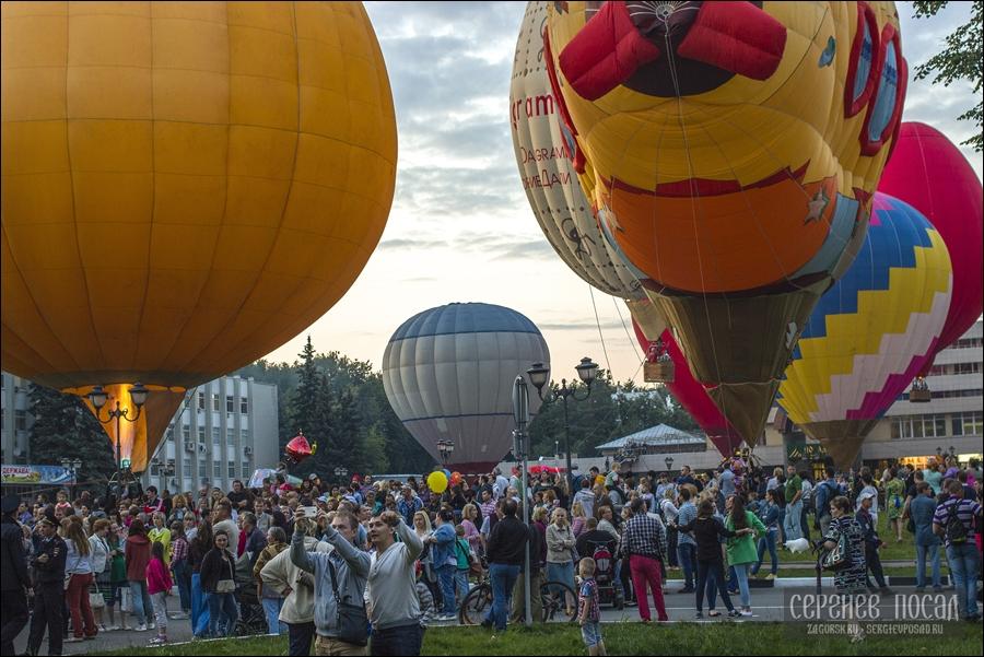 14-й российский фестиваль тепловых аэростатов специальных форм «Небо Святого Сергия»