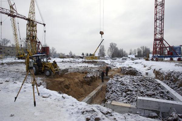 Стройплощадка новой хотьковской школы. Январь 2010 года